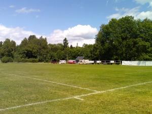 Campingplass bak fotballbanen