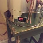 Kokekaret viser 99 grader - væsken koker